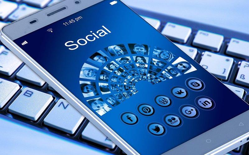 Podatek od social media