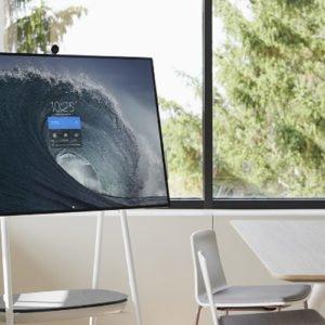 Surface Hub 2 z wymiennymi częściami