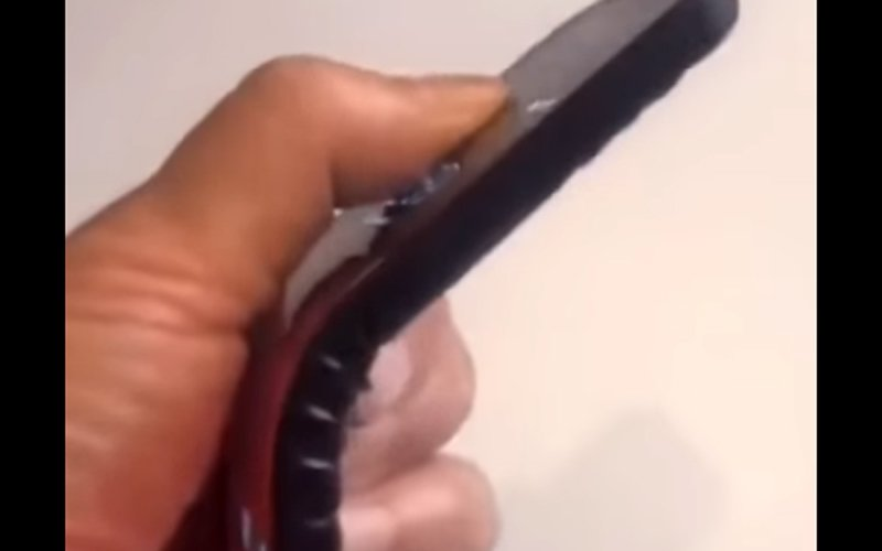 elastyczny smartfon Lenovo