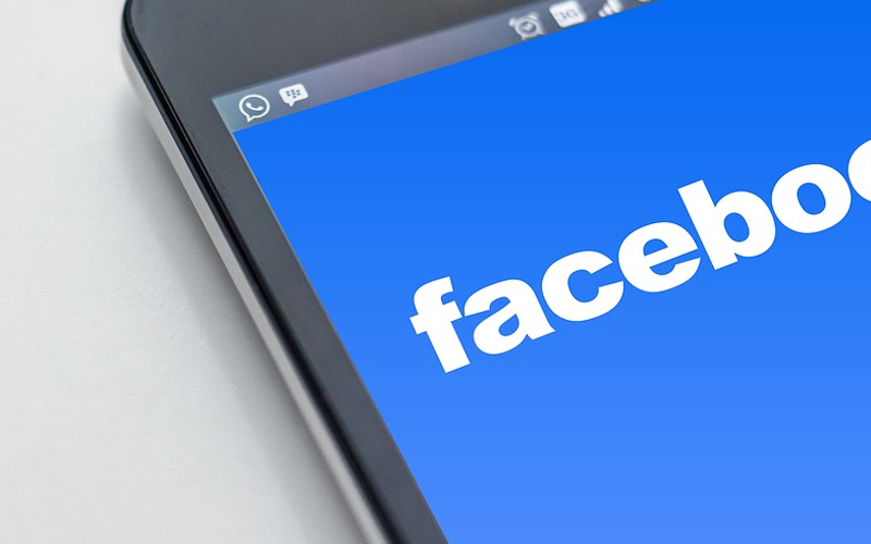 PlayStation 4 i Facebook
