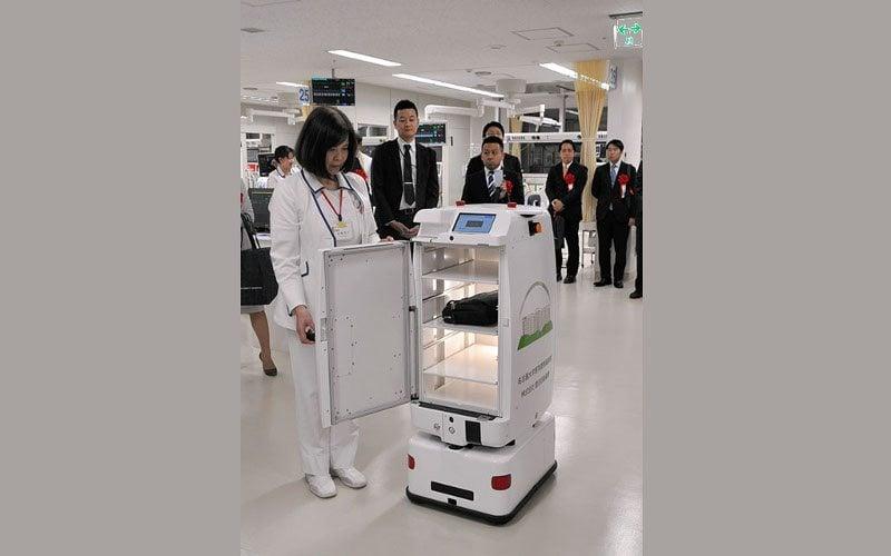 roboty zastąpią pielęgniarki